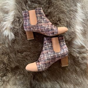 ANTHROPOLOGIE HEELED BOOTIES ANKLE BOOT